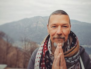 4 Week Online Meditation Course: A Path to Self-Realization with 21 Live Sessions