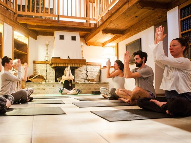 5 Days Live Piano Ski Yoga Retreat in France