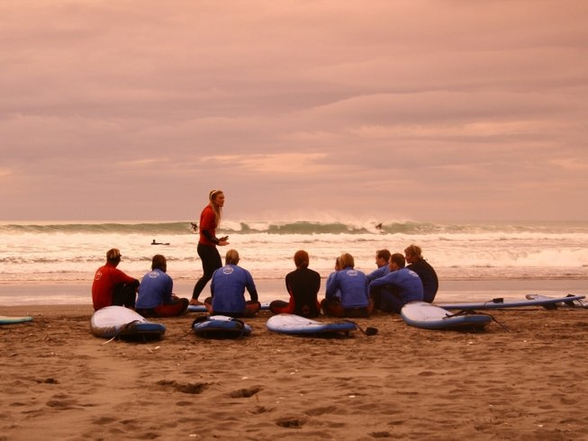 3 Days Surf Camp in New Zealand