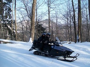 5 Day Guided Snowmobile Tour in Quebec, Canada
