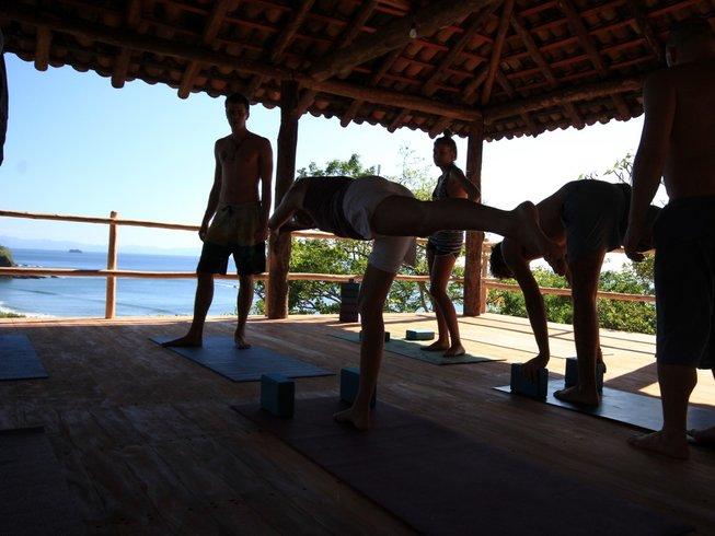 8 días de paraíso natural en la playa, surf y retiro de yoga en Playa Escameca, Nicaragua