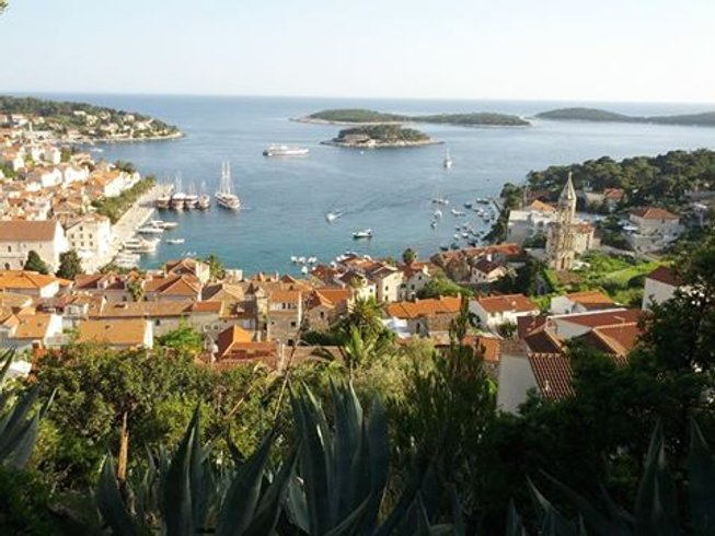 33 Days 200-Hour Yoga Teacher Training in Croatia