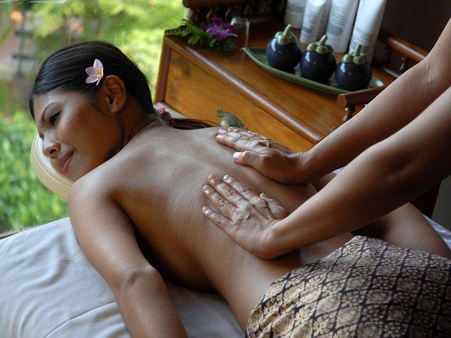 8 Days Relaxing Yoga Retreat in Phuket, Thailand