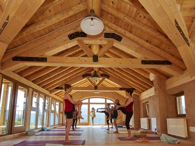 7 Days Yoga and Meditative Trekking Retreat in Spain