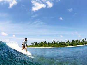 7 Days Surf Camp in Thimarafushi, Maldives