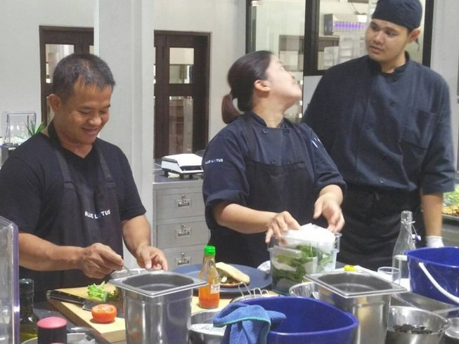 3 Days Intensive Class and Cooking Course in Pran Buri, Thailand