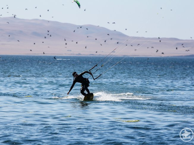 5 Days Women's Kiteboarding and Yoga Retreat in Peru
