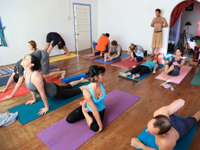 7 Days Ashtanga Yoga Retreat Sri Lanka