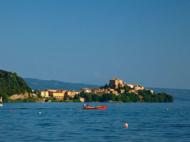8 Days Iyengar Yoga Retreat in Umbria, Italy