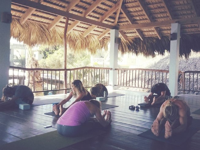 8 Days Circus and Yoga Retreat in Dominican Republic