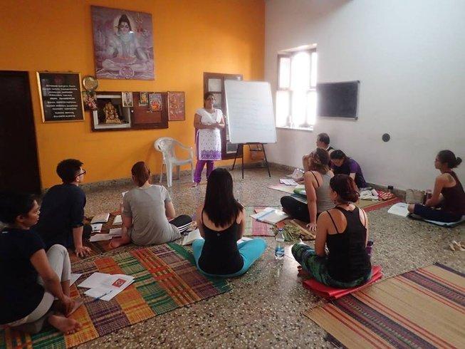 25 Days 300-Hour Yoga Teacher Training India