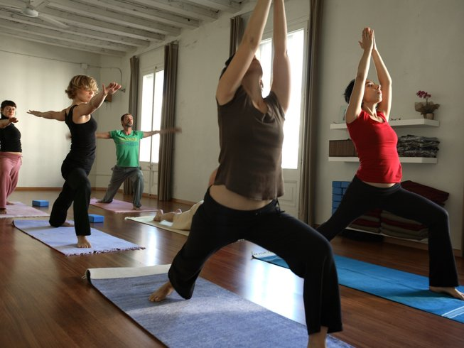 7 Days Yin Yoga & Reiki Retreat in Barcelona, Spain