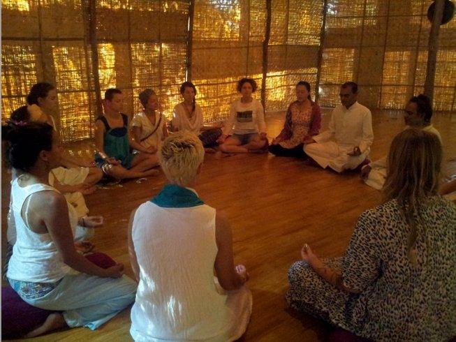 30 jours-200h en formation de professeur de yoga à Goa, Inde