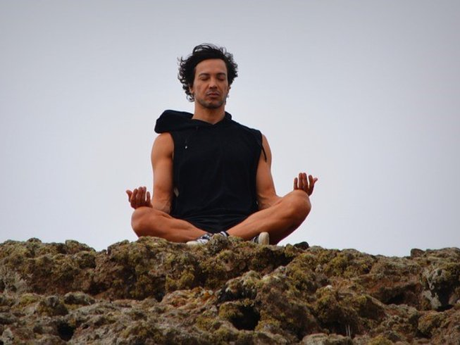 4 Days Hiking and Yoga Retreat in USA