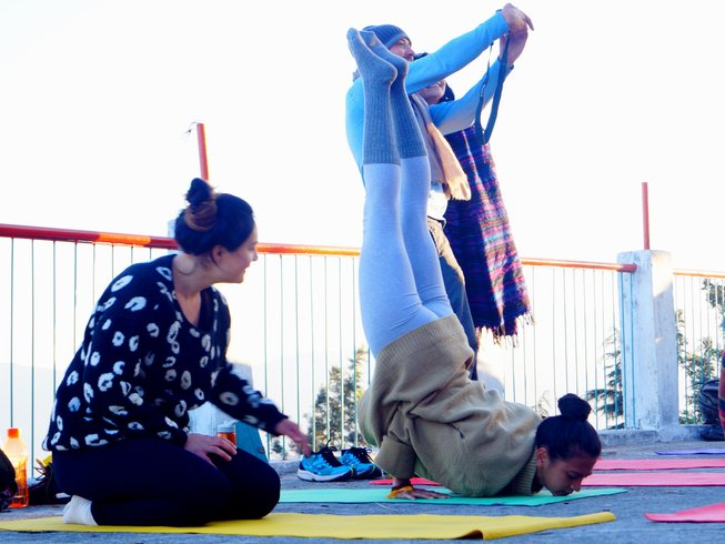27 Days 200 Hours Vinyasa Yoga Teacher Training in Rishikesh
