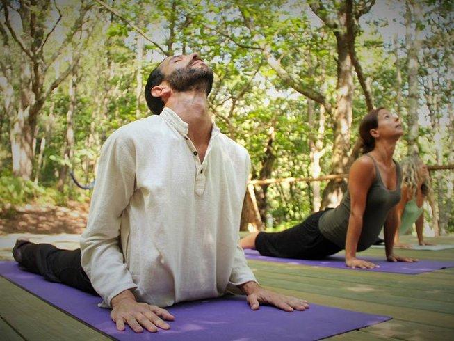 7 días retiro de yoga y senderismo en Asturias, España