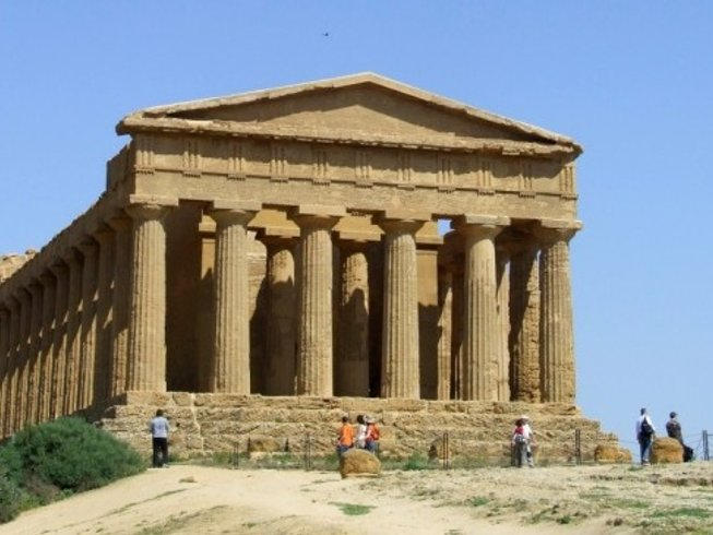 4 Days Wine Tasting and Cooking Holiday in Sicily, Italy