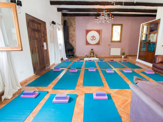 8 Days True Nature Winter Meditation and Yoga Retreat in Ibiza, Spain