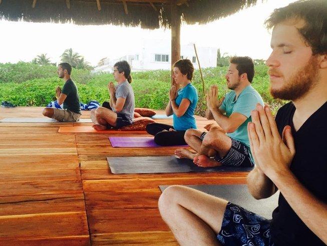 5 días Acción de Gracias, meditación y retiro de yoga en Quintana Roo, México