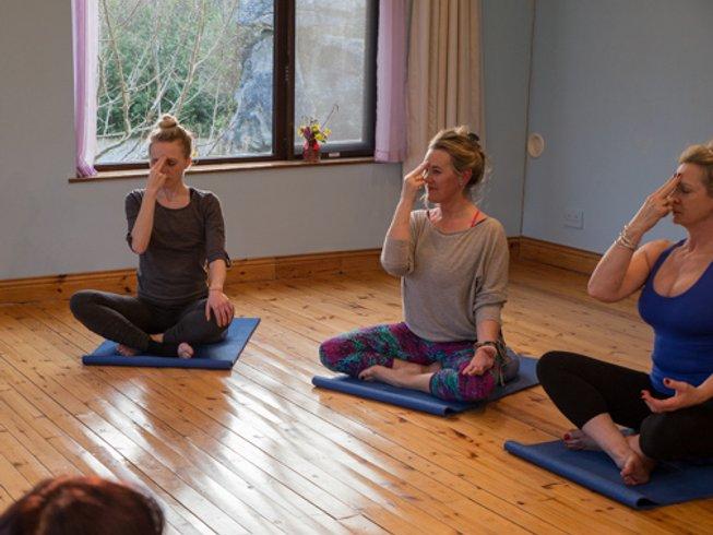 4 Tage Yin und Vinyasa Yoga Retreat in County Galway, Irland