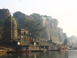 7 Days Spiritual Yoga Retreat in Maheshwar, India