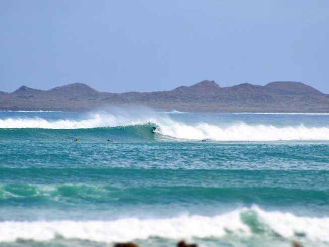 8 Days Exhilarating Surf Camp in Fuerteventura, Spain