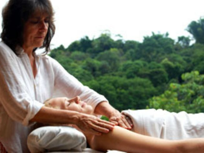 8 Days Valentine's Day Yoga Retreat in Costa Rica
