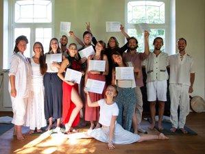 31 Day Yoga Alliance Registered 200-hour Integral Yoga & Meditation Teacher Training in Heks