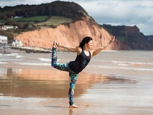 3 Days Budget Yoga Retreat in UK with WEEKEND Options