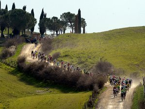 4 Days Gran Fondo Strade Bianche Amateurs and Uci Race Cycling Tour in Italy