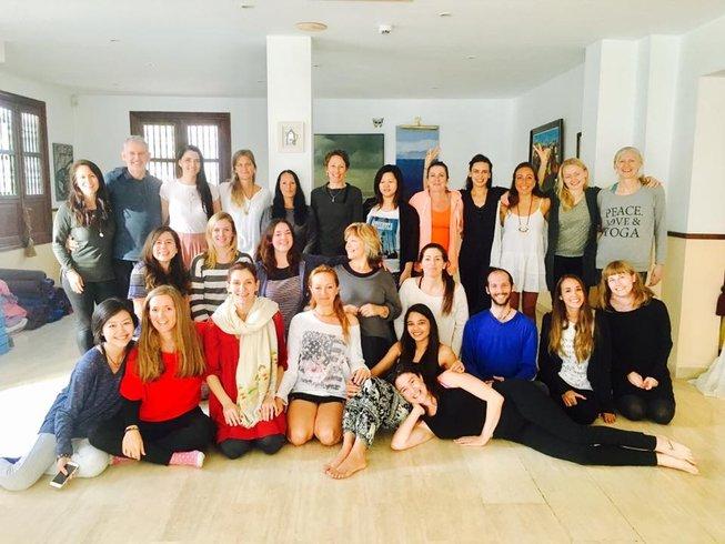 7 Tage Günstiger Yoga Urlaub für Anfänger in Binissalem, Spanien