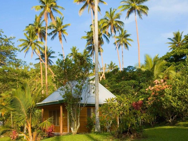8 Days Ashtanga Yoga Retreat in Fiji