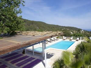 7 Days Bikram Yoga Retreat in Ibiza