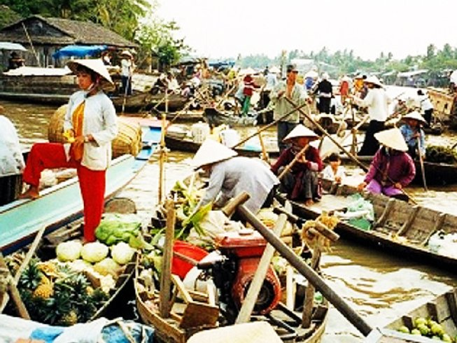 2 Days Vietnam Culinary Tours and Culture Trip