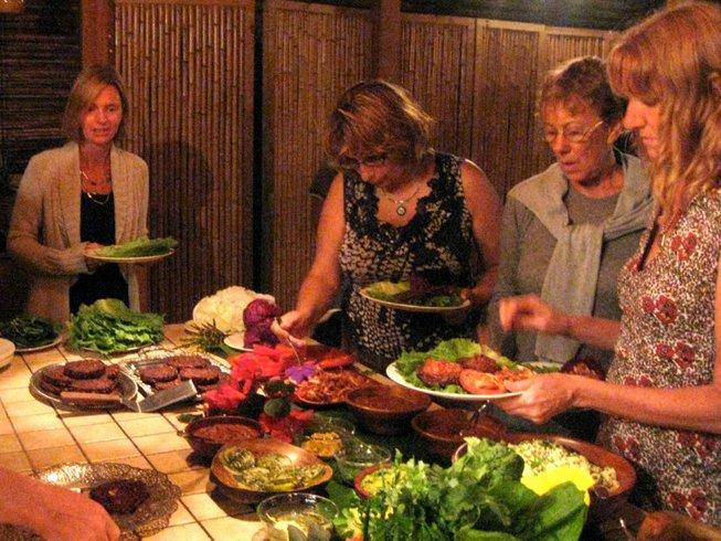 8 Days Healthy Raw Food and Yoga Retreat Costa Rica