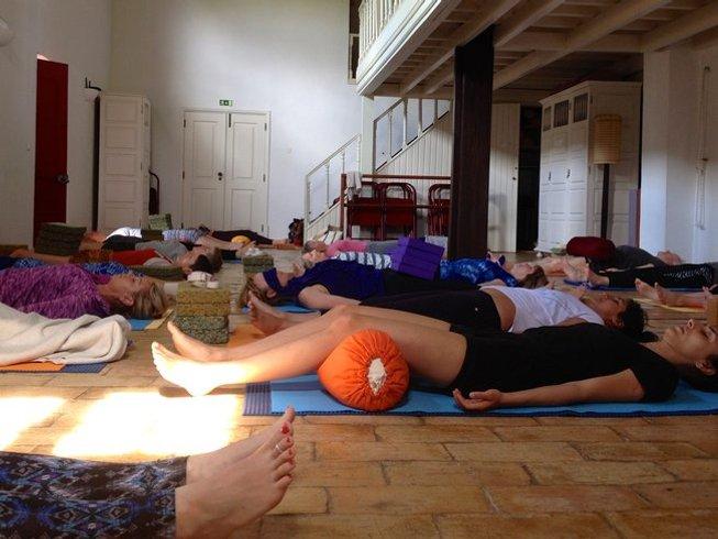 5 Days Mini Iyengar Yoga Retreat in Loule, Portugal