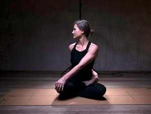 5 Day Women's Yoga and Flow Retreat with Grit Hennig in Corsica