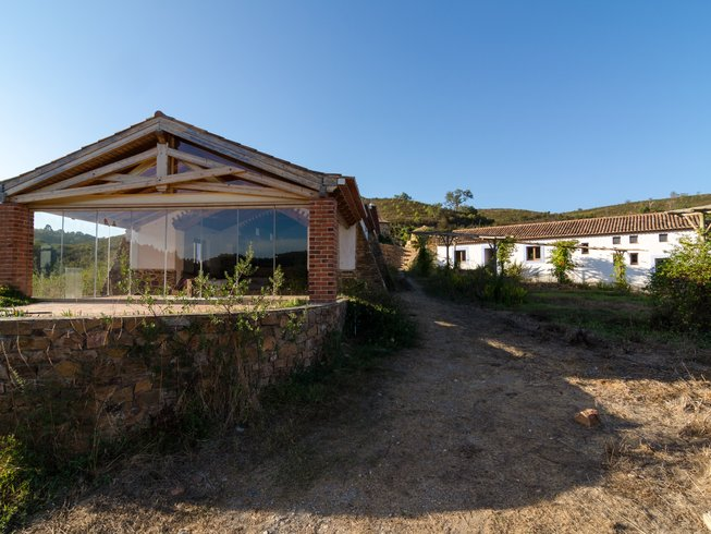 6 Days Surf and Yoga Retreat in Portugal