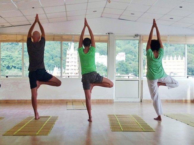 29 Days 200hr Yoga Teacher Training in Rishikesh, India