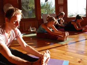 7 Days Mindfulness MBSR Course with Yoga Sessions in the Peaceful Countryside of Alicante, Spain