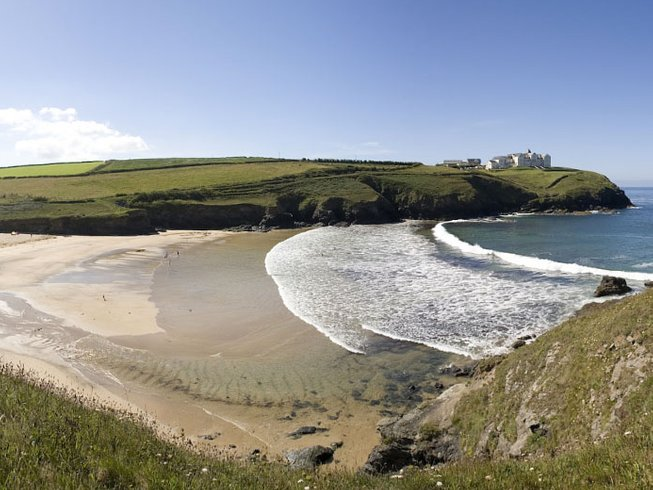 8 Days Surfing and Yoga Holiday in Cornwall, UK