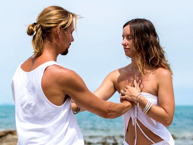 7 días amoroso retiro de yoga y detox en España