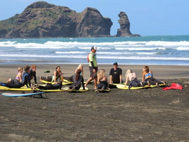 7 Days Surf Vacation in New Zealand