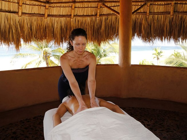 6 Days Massage and Therapeutic Yoga Retreat in Guerrero, Mexico