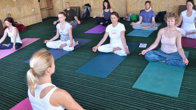 Tantric Yoga For Lovers 5 Days Tantric ...