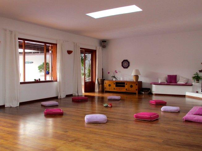 22-Daagse 200-urige Hatha & Vinyasa Yoga Docententraining, Spanje