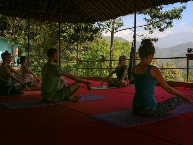 31 días profesorado de yoga Tantra de 200 horas en Nepal