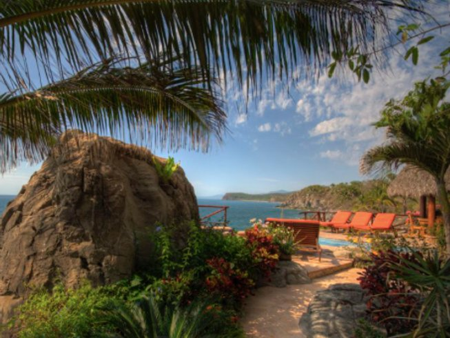 7 Days Luxury Surf Camp and Yoga Retreat in Nayarit, Mexico