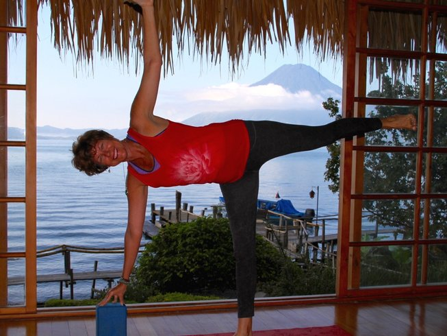 5 Days Paradise Yoga and Meditation Retreat in Guatemala