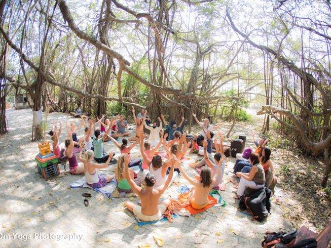 6 days bhakti camp, sailing and chanting in the Kerala Back waters